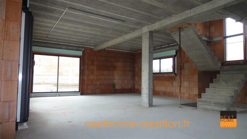 Maison moderne toit plat garage sous sol nexthome for Constructeur maison contemporaine haut rhin