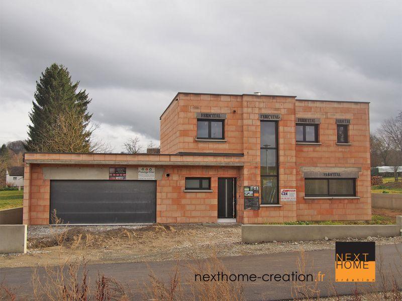 Maison contemporaine toit plat et garage accol haut rhin nexthome cr ation for Maison toit plat alsace