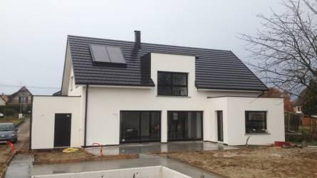 Maison moderne 2 pans garage accole haut rhin nexthome for Garage toyota haut rhin