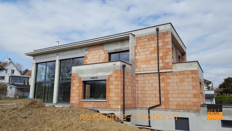 Maison contemporaine toit plat haut rhin nexthome cr ation for Extension maison haut rhin