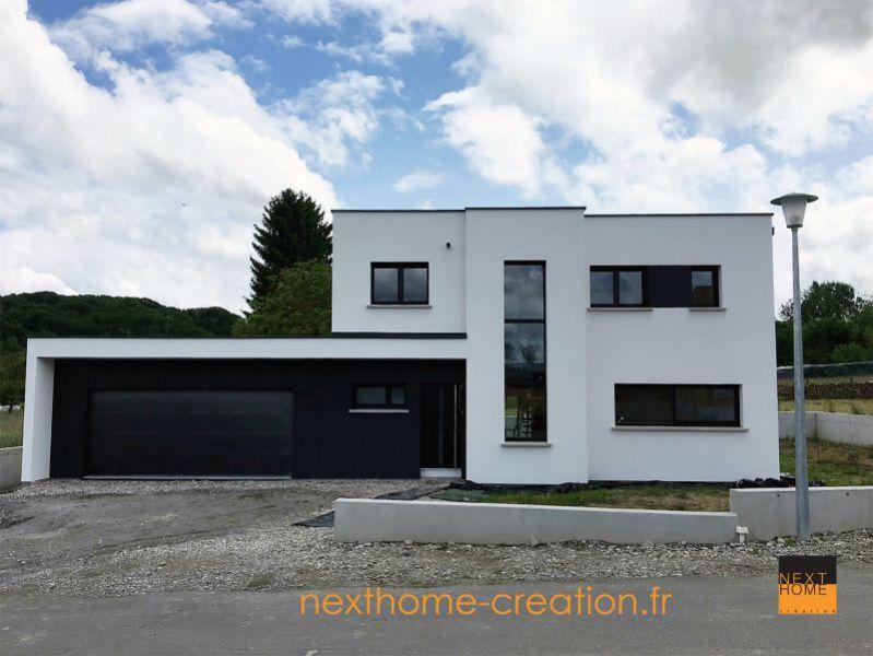 Maison Contemporaine A Toit Plat Et Garage Accole Haut Rhin